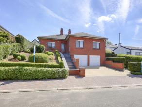 Découvrez le bien plus en détails sur vendredirect.com sous la référence 40724.<br /> Splendide villa de type plain-pied a