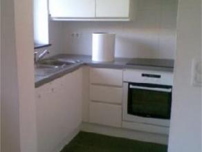 SCHAERBEEK / JOSAPHAT - Au 2e étage d'un immeuble récent, appartement 1 chambre, +/- 58 m², salon, cuisine full équip&eacute