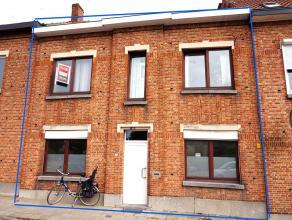 Opbrengsteigendom in het centrum van Leuven bestaande uit 4 kamers en 1 appartement (1slk)<br /> Opbrengst van 5% op jaarbasis.<br /> Indeling:<br />