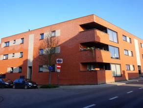 Energiezuinig appartement op de 2de verdieping op 5 min van het centrum van Mechelen.<br /> Indeling: inkomhal, wc, ruime living met veel lichtinval,