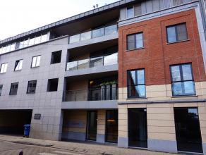Schitterend duplex-appartement in het centrum van Leuven in de vernieuwde buurt aan de Vaart.<br /> Afgewerkt met hoogwaardige materialen. Voor het ee