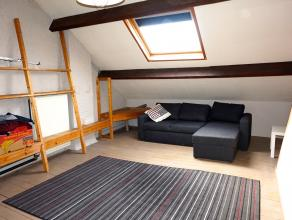 Opbrengsteigendom in het centrum van Leuven bestaande uit 4 kamers en 1 appartement (1slk)<br /> Opbrengst van 6,1% op jaarbasis. (11 maanden opbrengs