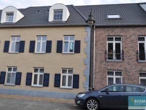 Instapklaar appartement op de eerste verdieping in de residentie 'De Hoefsmid' te Arendonk. Indeling van het appartement is als volgt: ruime woonkamer
