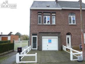 Klein beschrijf mogelijk! Rustig gelegen, grotendeels gerenoveerde (vernieuwd dak/onderdak, dubbele beglazing PVC) woning met garage en terras te Aals