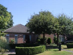 Verrassend ruime én energiezuinige woning met prachtige tuin! Gelegen op wandelafstand van kinderopvang, winkels, meerdere scholen en openbaar