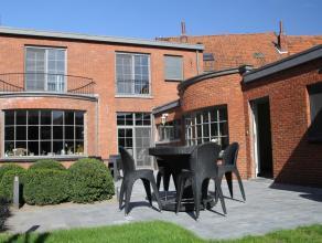 Prachtige woning in herenhuisstijl met riant veel binnenruimte en mooi aangelegde tuin! Biedt een oase van rust én privacy middenin het centrum