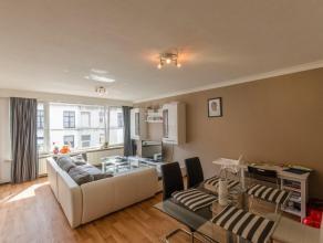Appartement met 2 slaapkamers in een kleine residentie met slechts 5 appartementen. Dit appartement is gelegen op een eerste verdieping en omvat: Inko