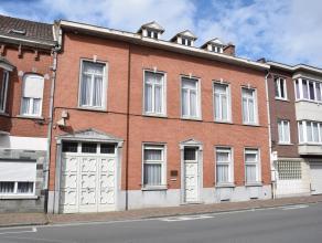 Ruime prestigieuze herenwoning in het centrum van Ninove op 3a48voormalige tandartspraktijk met woonst, ideaal geschikt voor combinatie wonen / werken