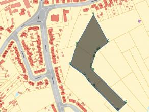 Grond in woonuitbreidingsgebied nabij het dorpscentrum van Waarschoot bestaande uit 3 aaneengesloten percelen met de totale grondoppervlakte van 17.27