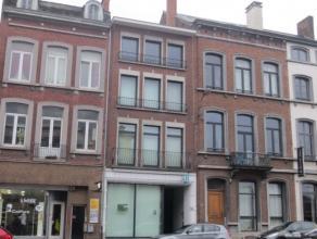 70 m² tot 200 m² kantoren te huur op een uitstekende ligging in Namen Namen is een stad in België, gelegen waar de rivier de Samber in