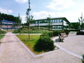 594 m² kantoren te huur in het Zénobe Gramme bedrijvenpark in Luik Door de vroege industriële ontwikkeling heeft Luik een heel uitgeb