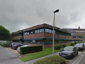 280 m² tot 1175 m² kantoren te huur in het Zenobe Gramme bedrijvenpark in Luik. Door de vroege industriële ontwikkeling heeft Luik een