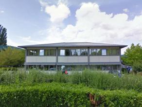 1175 m² kantoren te huur in Luik, ideaal gelegen i/h Zénobe Gramme bedrijvenpark Door de vroege industriële ontwikkeling heeft Luik e