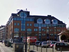 580 m² kantoren te huur op goede ligging in Namen met zicht op de Maas Namen is de hoofdstad van het Waals Gewest en de hoofdstad van de provinci