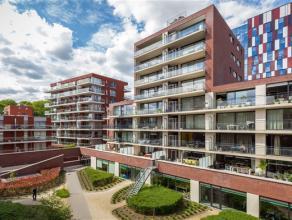 Prachtig nieuwbouw appartement aan de Leuvense Vaartkom met zicht op Leuven. Dit ruim appartement is gelegen op de achtste verdieping van de residenti