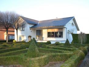 Zeer mooie eengezinswoning op een zeer goede locatie.(LAAG BESCHRIJF MOGELIJK voor rechthebbenden)Deze woning is gelegen op de weg tussen Rotem en Nee