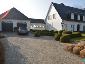 KOBBEGEM: Prachtige instapklare villa te koop gelegen nabij centrum van Kobbegem (Asse) en op wandelafstand van velden en groene landschappen. Deze wo