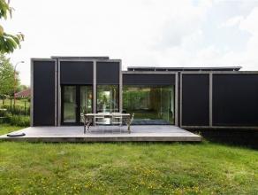 Villa contemporaine sise à proximité de la centre d' Asse. Elle est située à 10 kilomètres de Bruxelles dans une pe