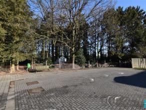 Projectgrond op voorkeursligging te koop gelegen in het centrum van de gemeente Opwijk. De grond met een oppervlakte van 9are60 biedt de mogelijkheid