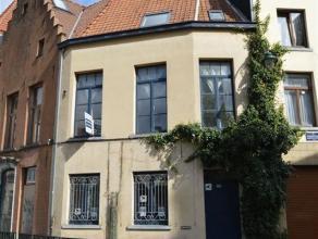 Maison charmante et rénovée en 2007, au cur de Bruxelles. À distance de marche de la place Fontainas et Manneken pis &Aci