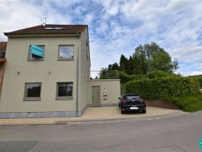 Maison moderne avec 2 chambres à louer à Asse. La maison, avec une superficie habitable de 145 m², se compose au rez-de-chauss&eacu
