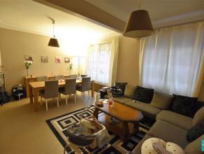 Structura vous propose cet appartement 1 chambre à coucher avec possibilité de créer une 2éme. Se composant comme suit: Ha