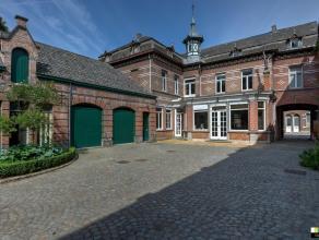 Beschrijving Prachtig, historisch karakterpand met rijke geschiedenis in het centrum van Lebbeke. Het pand werd opgericht in 1868 en diende als brouwe