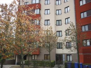 Appartement MEUBLE récent avec 3 chambres à coucher.<br /> Année de construction 2005. Surfaçe habitable 98m².<br />