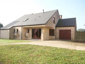 Villa dans situation calme sur 15are près de l'école BSB à Tervuren (3,8km).<br /> Année de construction 1991.<br /> Hall