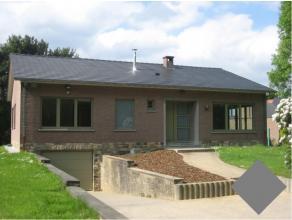 Bungalow entièrement rénovée avec 3 chambres à coucher sur 10a.Dans le centre de Moorsel, près de la BSB (2,1km), l