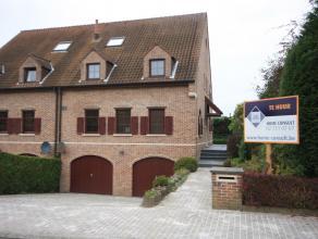 Villa 3 façades spacieuse dans quartier résidentiel.Dans quartier calme, près des Forêt de Soignes (5min à pied), le