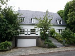 Villa située au bord de la fôret de soignes dans un quartier de standing à Tervuren, à 2,5km de la British School et &agrav