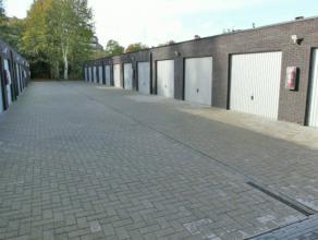 Garage gelegen in Kapellen nabij het centrum. Afmetingen van 3m x 6m. Beschikbaar vanaf 01/01/2017