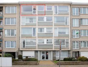 Centraal gelegen gerenoveerd appartement met als indeling een inkomhal, living, nieuwe keuken (2015), badkamer, apart toilet, 2 slaapkamers, een waspl
