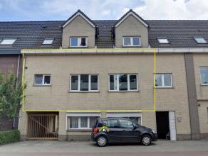 Zeer ruim appartement op 1ste verdieping gelegen te Kalmthout-Achterbroek. Dit appartement is ingericht met 2 grote slaapkamers, wasplaats, ruime badk