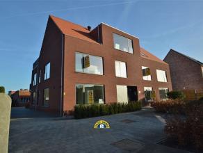 Prachtig afgewerkt nieuwbouw appartement centraal gelegen te Achterbroek. Het appartement is voorzien van 3 slaapkamers, ruime leefruimte, volledig in