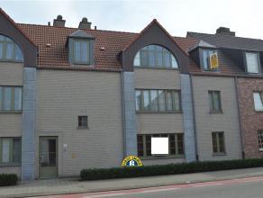 Prachtig appartement centraal gelegen te Kalmthout-Achterbroek. Het appartement beschikt over een ruime leefruimte, ingerichte keuken, badkamer, 2 sla