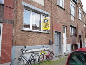 Conforta woning in rustige woonwijk gelegen met 2 slaapkamers, klein beschrijf mogelijk ov. Beneden (-1/2 verdiep) bevinden zich de beide slaapkamers