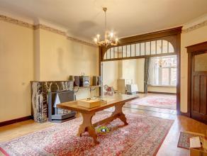 Zeer goed gelegen, mooi, groot, karaktervol appartement met 3 slaapkamers op een 1ste verdieping, ruim terras annex de grote slaapkamer en met lift. V