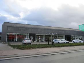 Moderne en instapklare kantoorruimte gelegen langs de Grote Ring van Hasselt.Zeer goede bereikbaarheid en ruime parking! De parking wordt volledig opn