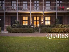 Gemeubelde loft met 2 slaapkamers en tuin van ca. 30m² nabij het Harmoniepark. De duplex loft van ca. 110 m² is gelegen op het gelijkvloers