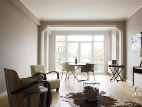Stijlvol gerenoveerd appartement met 2 ruime slaapkamers in de Tentoonstellingswijk. Het in 2008 gerenoveerde appartement van 94 m² is gelegen op
