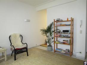 Gezellig en verzorgd 1 slaapkamer appartement gelegen aan de achterzijde van het gebouw. Het appartement beschikt over een living, keuken, ruime slaap