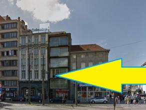 Hotel Colombus + appartementsgebouw Het geheel van de gebouwen is gelegen tegenover de Opera aan de Frankrijklei en paalt ook aan de Kipdorpvest. Dit