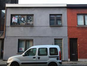 Instapklaar 1 slaapkamer appartement met garage, op wandelafstand van openbaar vervoer en winkels. Het appartement is gelegen nabij invalswegen (R4 en