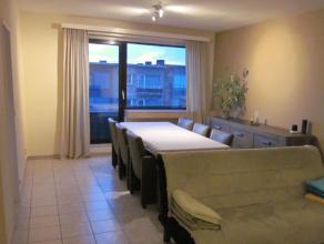 - Inkomhal met vestiairekast<br /> - Frisse lichte woonkamer<br /> - Praktische keuken<br /> - Ruime badkamer met ligbad, scherm en meubeltje<br /> -