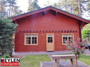 Kwalitatief afgewerkte weekendwoning in Gierle vlakbij Lilse Bergen Ligging: Gelegen in een rustige groene omgeving vlakbij de Lilse Bergen.Indeling: