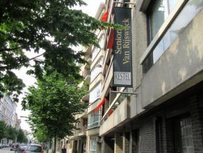 Gezellige en ruime serviceflat met uitstekende verbinding naar het stadscentrum.Ligging: Deze residentie is centraal gelegen in een groenebuurt&