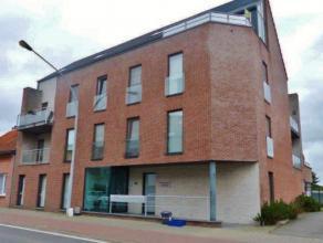 Modern kantoorgebouw op toplocatieLigging: In het centrum van Ravels op 5 min. van de ring van Turnhout / E34.Indeling: 2 kantoorruimtes met ingemaakt