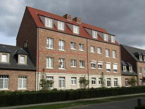 Mooi appartement met3 slaapkamers. Ligging: Centraal gelegen nabij het centrum van Herentals, vlakbij winkels, openbaar vervoer, in-en uitvalswegen.In